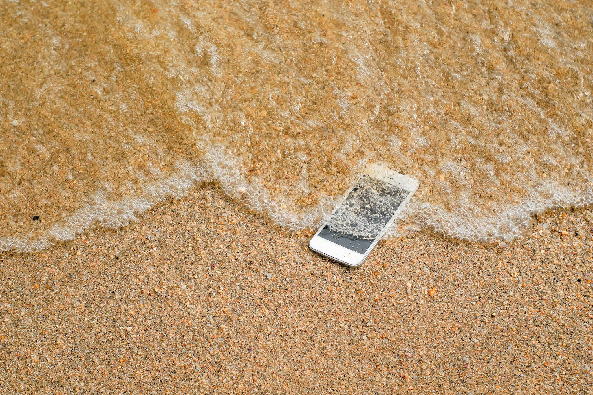 Smartphone tombé dans la mer